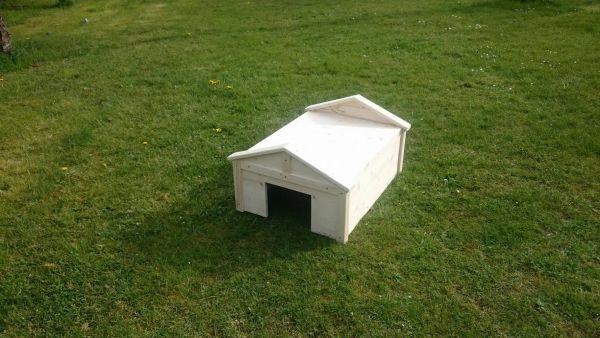 Scheune mit flachem Dach